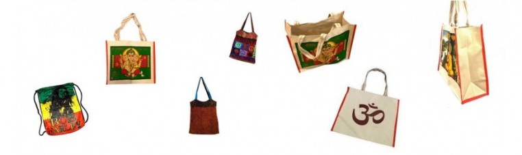 Containing India, in the form of bags, bags, bags or pouches.
