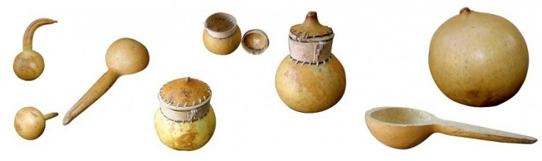 Dry gourds and objects made with them.